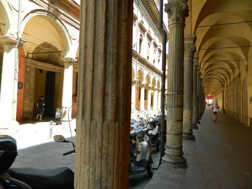 Podcienie w Bolonii